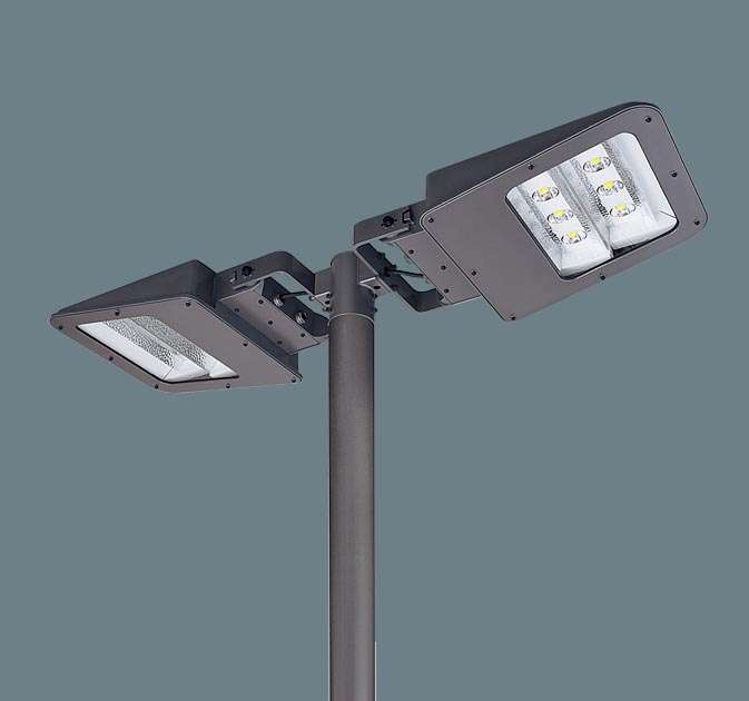Panasonic パナソニック アーム取付型 LED(電球色) モールライト フロント配光 防雨型・タイマー段調光・定格出力初期光束補正型 パネル付型 水銀灯400形2灯器具相当 1000形×2