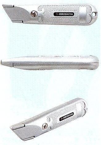 絨毯やカーペット等の切断に便利なフック刃のナイフ!海外ではカッターよりこちらの方が一般的です。   フック刃トリミングナイフ101(カッター・アウトドア)402-68【メール便全国送料無料】【FS_708-7】【H2】