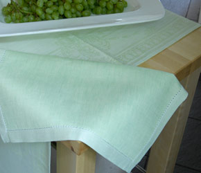 Free Linen Table Runner French Melody Light Green Gift Wrapping