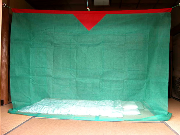 【送料無料】蚊帳 6畳 吊り下げ 片麻 モヨギ (2.5mx3m)日本製 かや モスキートネット 大人 虫よけ 虫除け 害虫防止 安眠 快眠 カヤ エコ