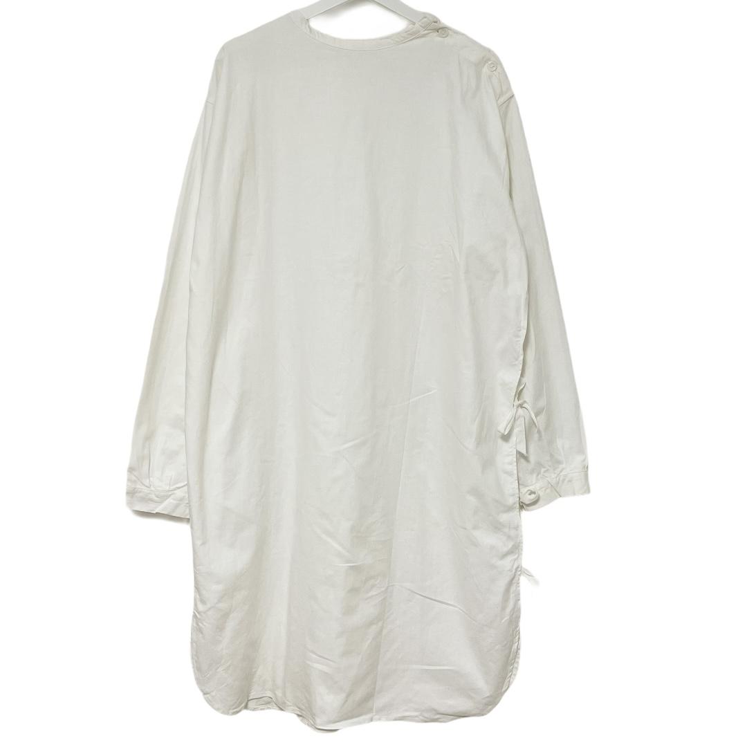 デッドストック ショッピング スウェーデン軍 サージカルガウン メディカルガウン 今だけ限定15%OFFクーポン発行中 42 ホワイト メディカルシャツ サイドオープン