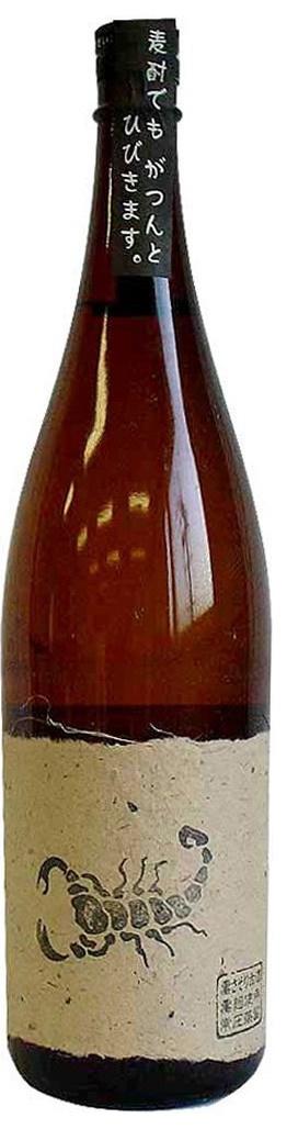 【送料無料】さつま無双 麦焼酎 黒さそり 25度 瓶 1800ml×6本/1ケース【北海道・沖縄県・東北・四国・九州地方は必ず送料が掛かります】