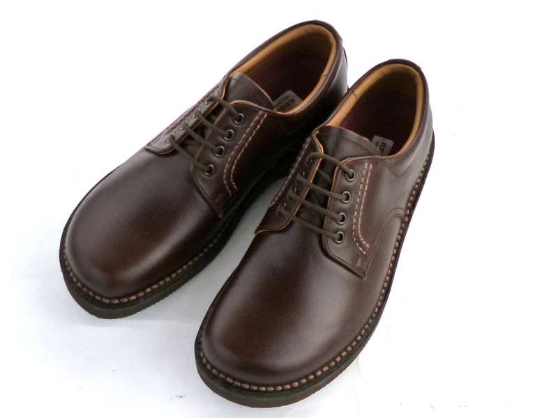 ソフト感のあるグローブ革と軽量で耐久性のあるオリジナルソール。 REGAL リーガル JJ23 AG紳士靴 ジネスシューズ ジュアル ブラウン 茶色リーガルウォーカー オブリーク ゆったり 幅広25cm 25.5cm 26cm 26.5cm 27cm