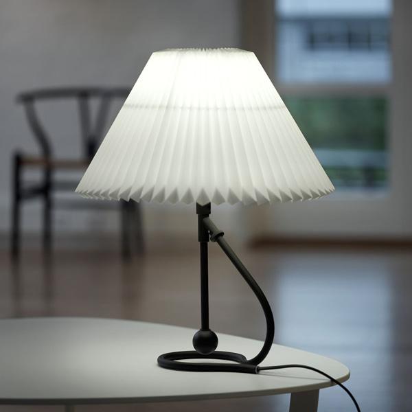 LE KLINT(レ クリント)306BK Black(ブラック)/デンマーク/北欧 テーブルライト,デザイナーズ照明【送料無料】