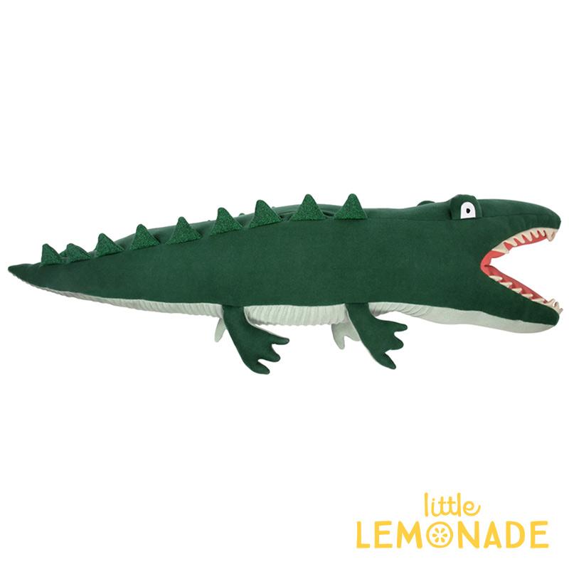 【Meri Meri】【送料無料】 ワニのぬいぐるみ ソフトトイ ファブリックトイ 子供のおもちゃ ギフト 出産祝い 誕生日祝い クッション 子供部屋 インテリア 抱き枕 まくら わに オーガニックコットン Large Knitted Alligator  あす楽 リトルレモネード