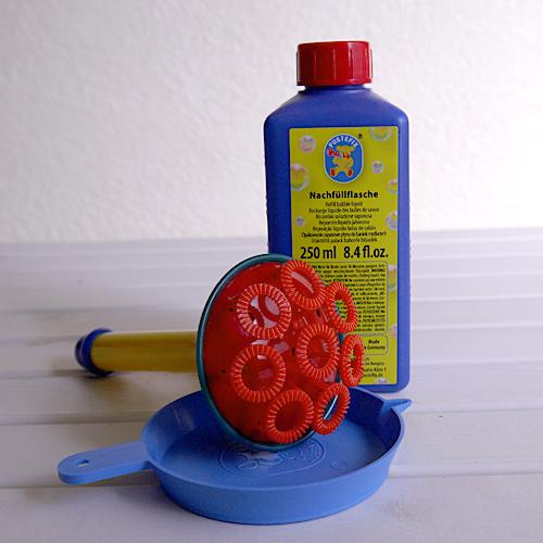ドイツの安心安全なしゃぼん玉 新作通販 水遊び しゃぼん玉 PUSTEFIX:プステフィクス シャボン玉シャワーにも 公式 トランペット ドイツの壊れにくく安全なしゃぼん玉