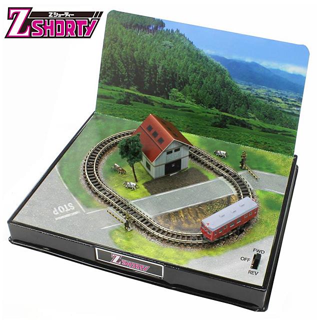 鉄道模型 ジオラマ付きレイアウトフルセット コンパクト Zショーティー ミニレイアウトセット 情景レイアウト 組み立て式 模型 キット 田舎 情景 踏切
