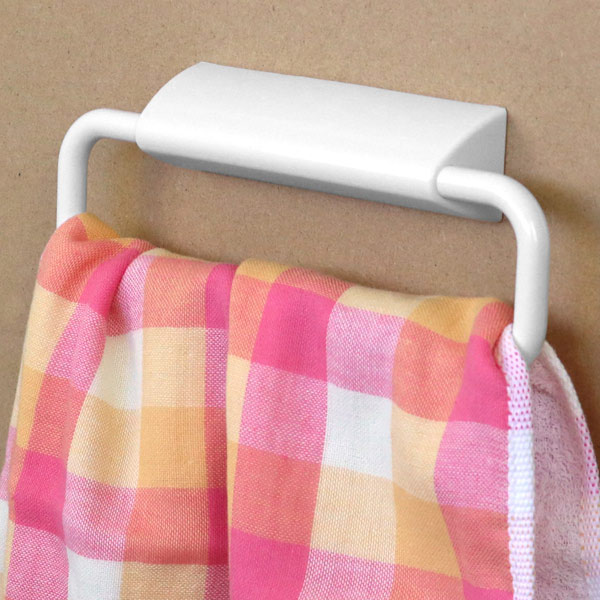 しっかり貼れるのに きれいにはがせる タオルハンガー はってはがせる タオルかけ ワイド タオルホルダー タオル掛け 手拭き 割引も実施中 サニタリー 洗面 収納 バス用品 ふきんかけ まとめ買い特価 キッチン