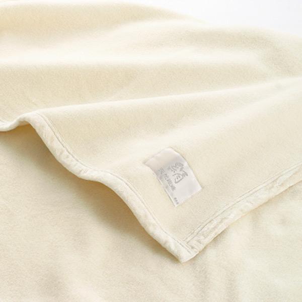 天然シルク毛布 グラン シングル 140×200cm アイボリー ( 送料無料 ブランケット 掛け毛布 布団 寝具 )