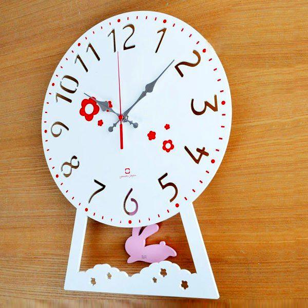 ウサギがお花畑を駆け巡っているみたいな可愛い振り子時計 振り子時計 木製 ヤマト工芸 yamato CHILD clock うさぎ 送料無料 子供部屋 壁掛け時計 販売期間 メーカー公式 限定のお得なタイムセール ウサギ ギフト 柱時計 とけい