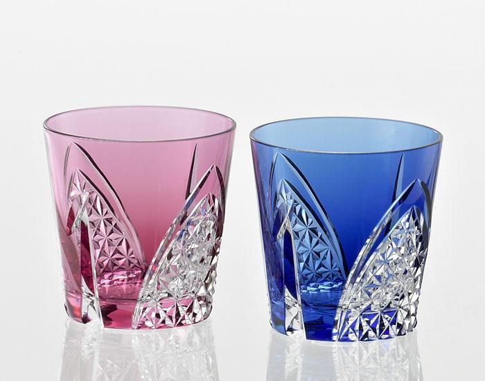 カガミクリスタル KAGAMI CRYSTAL TPS481-2782-AB ペア 江戸切子 冷酒杯 赤青 140cc<折鶴 紋> 木箱入り