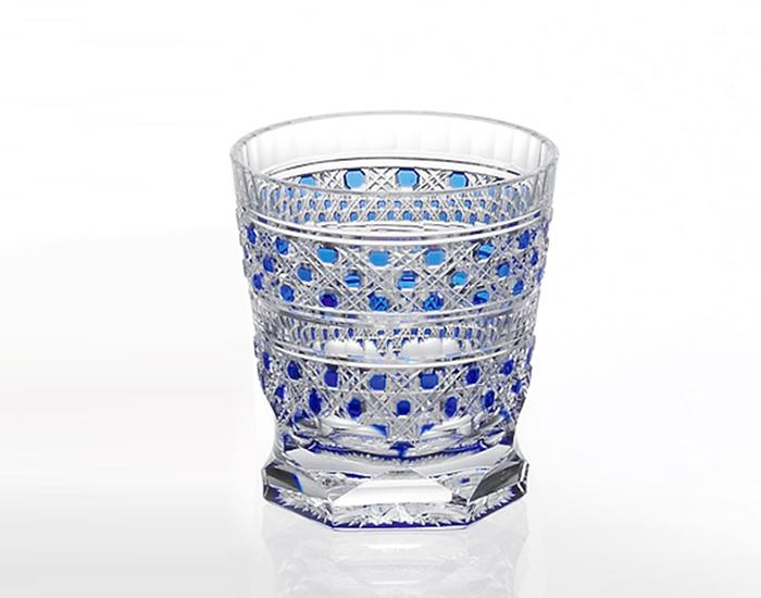 カガミクリスタル KAGAMI CRYSTAL T3253-2306-CCB 江戸切子 冷酒杯 青100cc <八角籠目 紋> 木箱入り