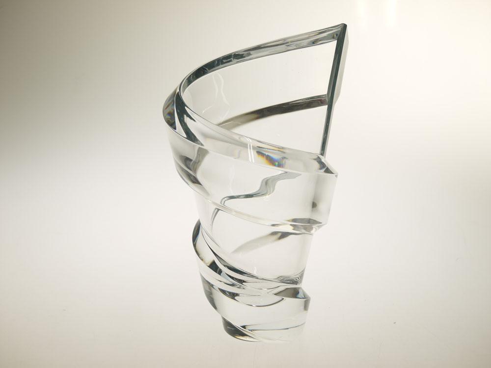 【特別セール品】 訳あり・箱無し 2612-025 ベース 送料無料 Baccarat バカラ スパイラル ベース 2612-025 花瓶 花瓶 高さ27cm, タカハタマチ:55aa094b --- canoncity.azurewebsites.net