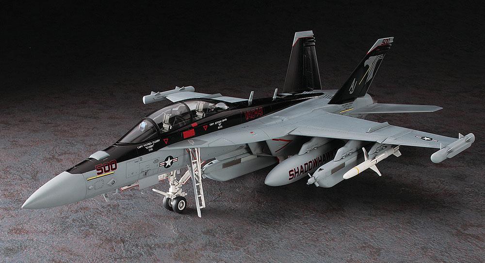 ハセガワ 1/48 EA-18G グラウラー【PT52】
