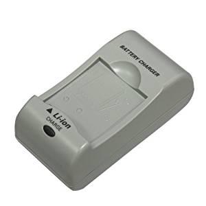 (あす楽対応)(伊藤超短波)(AT-mini(ATミニ)・AT-miniII(AT-mini2)兼用オプション品)(4)充電器 1個 - AT-mini(ATミニ)・AT-mini Personal(パーソナル1・2)・Beaumo mini(ビューモミニ)にも使えます。