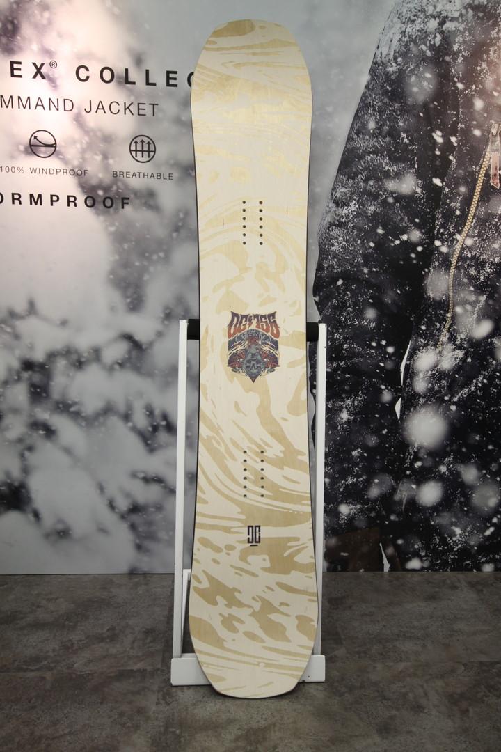 DC SNOWBOARDS [ THE 156 @73440 ] DC スノーボード 安心の正規輸入品 【送料無料】