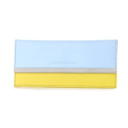 スチュワート スタンド STEWART/STAND レザーとステンレス糸の薄まちクラッチウォレット (ペールブルー×イエロー)