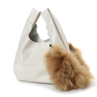 【アウトレット】モード エ ジャコモ MODE ET JACOMO ファーモチーフ付きハンドバッグ(ホワイト)