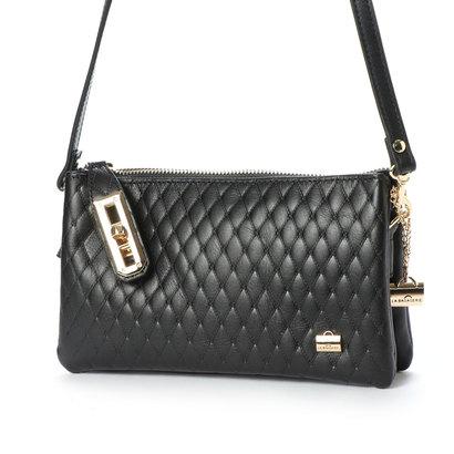 ラ バガジェリー LA BAGAGERIE キルティング型押しお財布ポシェット (BLACK)