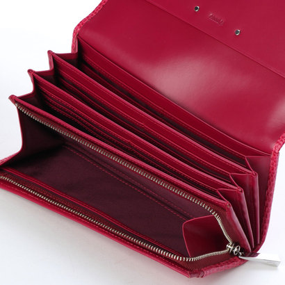 ef005bd25a8f カードが40枚入る大収納の長財布です。しっかりとしたタッチ感の革にリザードの型押しを施しました。コムサ こむさ コムサレディース財布この度 COMME  CA DU MODE SACS ...