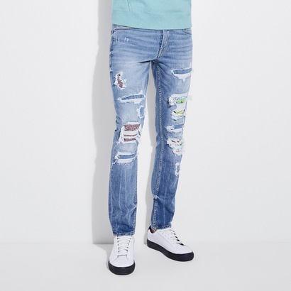 【アウトレット】ゲス GUESS CONTRAST APPLIQUE SKINNY DENIM PANT (FRESH BLUE W/ DESTROY)