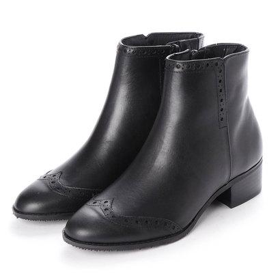 イングプラス ing PLUS ウィングチップデザインショートブーツ (ブラック)