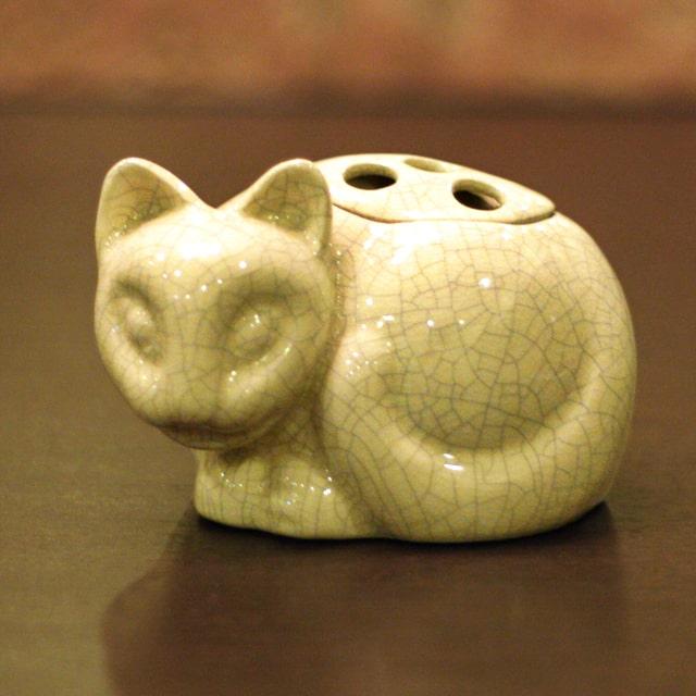 【中古】Tiffany(ティファニー)小猫ポプリホルダー(香炉) 磁器 tf-75