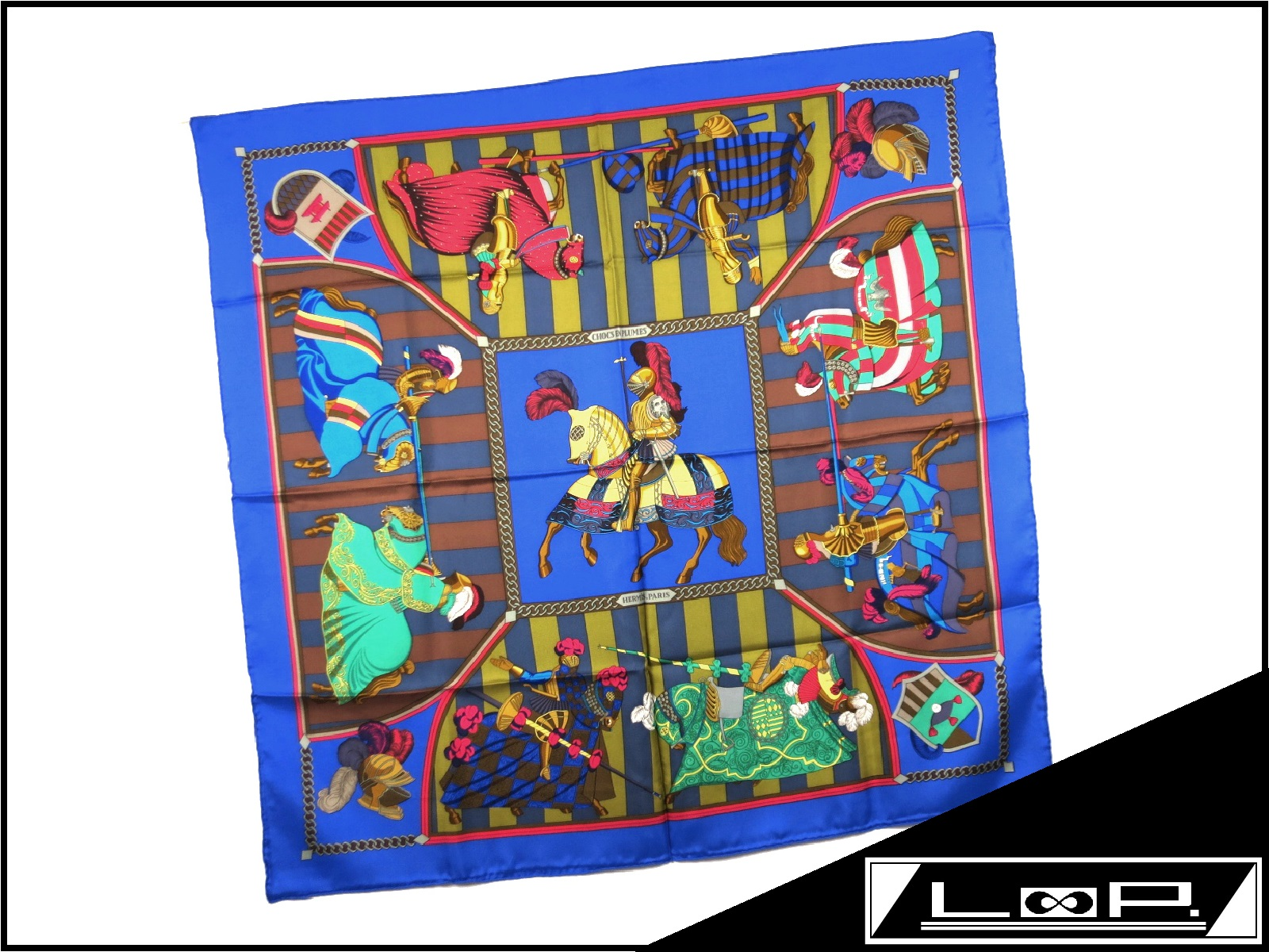 【SALE】【新同】 エルメス カレ 90 スカーフ CHOCS EN PLUMES 羽飾りの激突 騎士 馬 ブルー アオ 青 シルク 【A17118】 【中古】