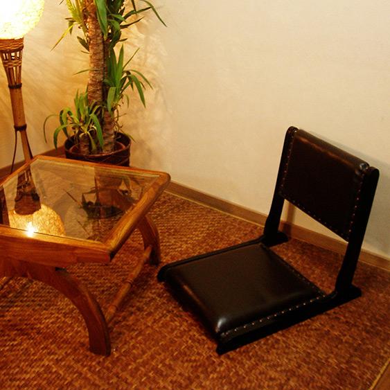 お客様のお声から製作した、LOOPオリジナルの座椅子です(バリ家具 リゾート 天然木 チーク無垢材 レザー 皮貼り おしゃれ 座椅子 座卓 木製 インテリア 和室 リビング ループ モダン アジアン アジアン雑貨 アジアン家具 ウッドチェア いす イス)【LNT-015BR】