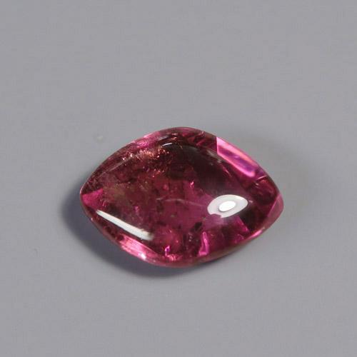 ルベライト3.09ct 赤色 トルマリン 希少石 宝石 ルース 格安 70%OFFアウトレット 天然石 レアストーン ジュエリー素材 b-2124カボションの裏にチェッカーボードカットを刻んで レアストーン専門店大阪ウエルダー 色石 裏の反射が映り込み艶やかな表面に 額縁が付いた 裸石 います ような輝きです