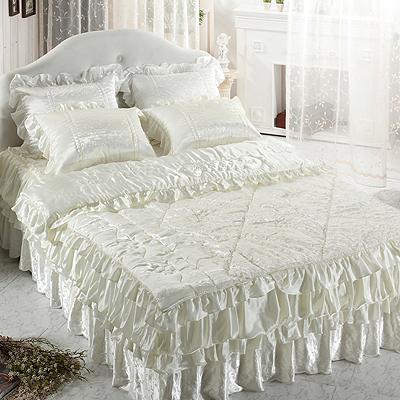 【送料無料】人工 シルク ドルチェD【アイボリー】・ シングル 4点セット|ウェディング ドレス のような デザイン 寝具 セット|全サイズオーダー可能|布団丸洗い|かわいい|新居|子供部屋|新婚【高級寝具】|布団セット|寝具セット|かわいい寝具|掛け布団|ふとん