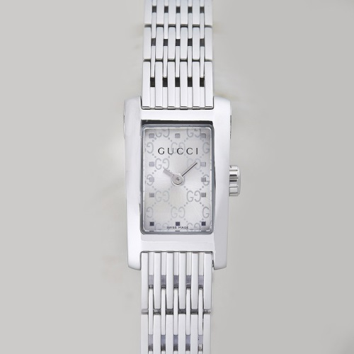 GUCCI グッチ 腕時計 レディース Gメトロ シルバー YA086513