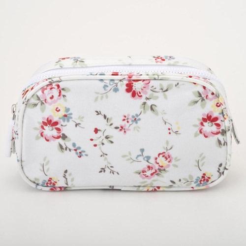 Cath Kidston Cath Kidston 348744 Make Up Bag BLEACHERD FLOWERS WHITE