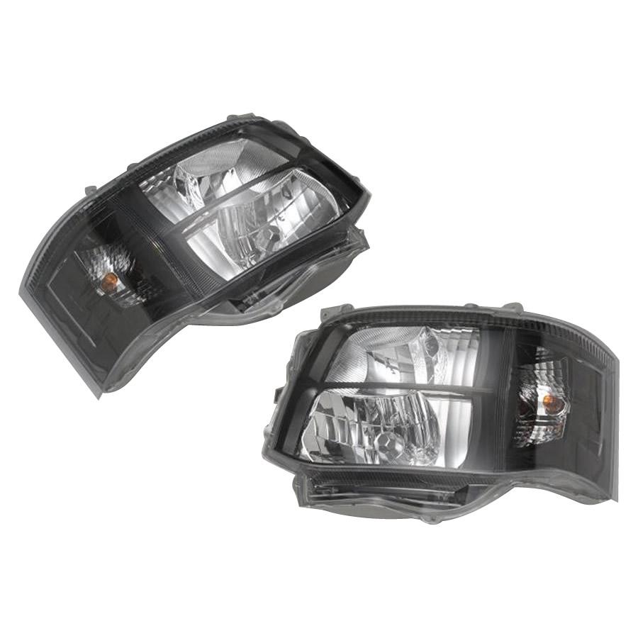 【同梱・代引き不可】SoulMates 200系ハイエース(1・2型用) カスタム用ヘッドライト 3型SUPER GLルック 艶ブラック枠塗装タイプ GT-T02