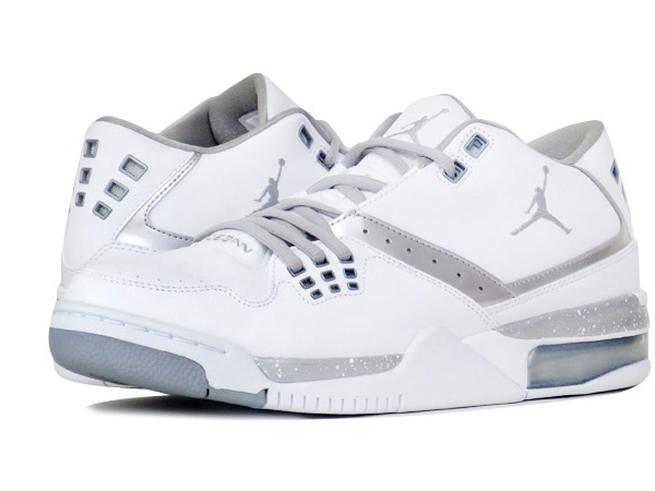 bc3093f3fd3 NIKE JORDAN FLIGHT 23 Nike Jordan flight 23 WHITEMETALLIC SILVER ...