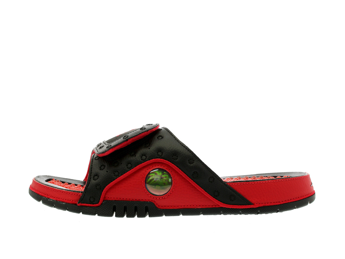 88aea84d1649c7 NIKE JORDAN HYDRO 13 RETRO SLIDE Nike Jordan high mud 13 nostalgic slide  BLACK TRUE RED
