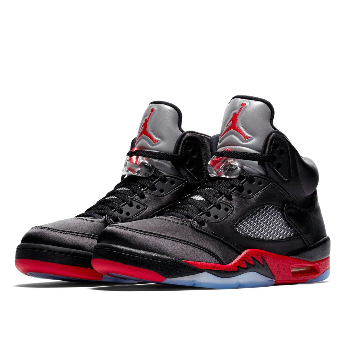 49c0c48d32e9e0 NIKE AIR JORDAN 5 RETRO Nike Air Jordan 5 nostalgic SATIN BLACK UNIVERSITY  RED 136