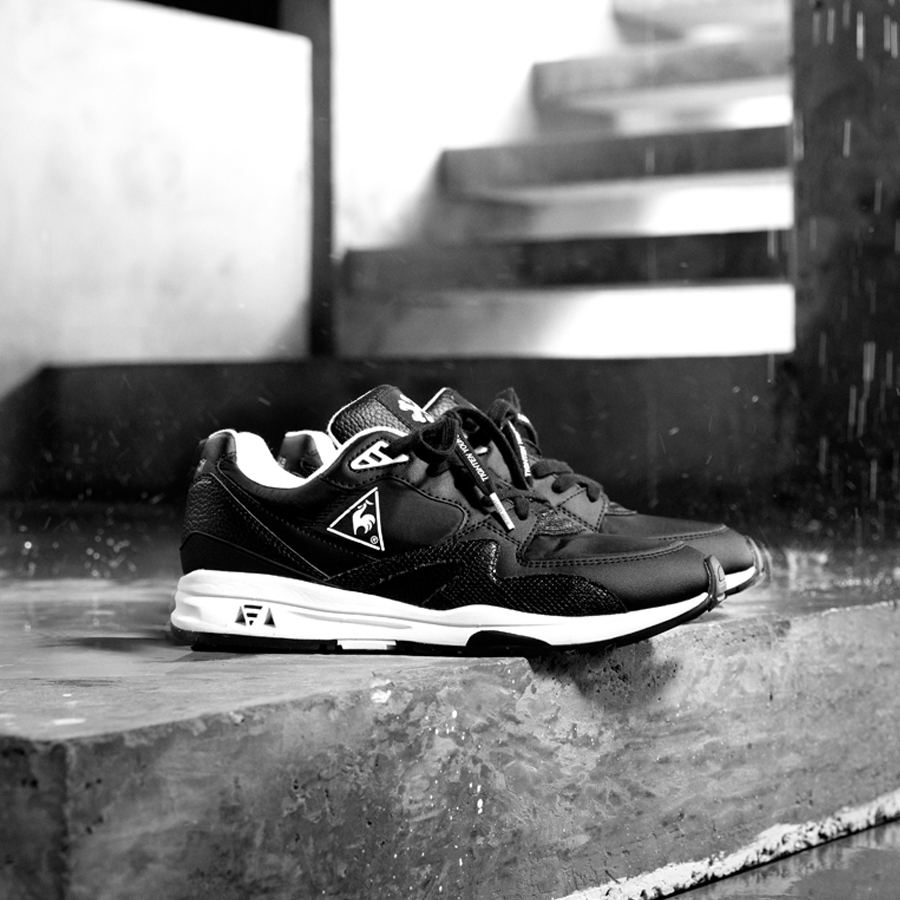 KICKS LAB. x le coq sportif LCS R 800 KL 【TIGHTEN YOUR SHOE STRAP】 キックスラボ x ルコック スポルティフ LCS R 800 KL BLACK/WHITE qy1ogc89bk