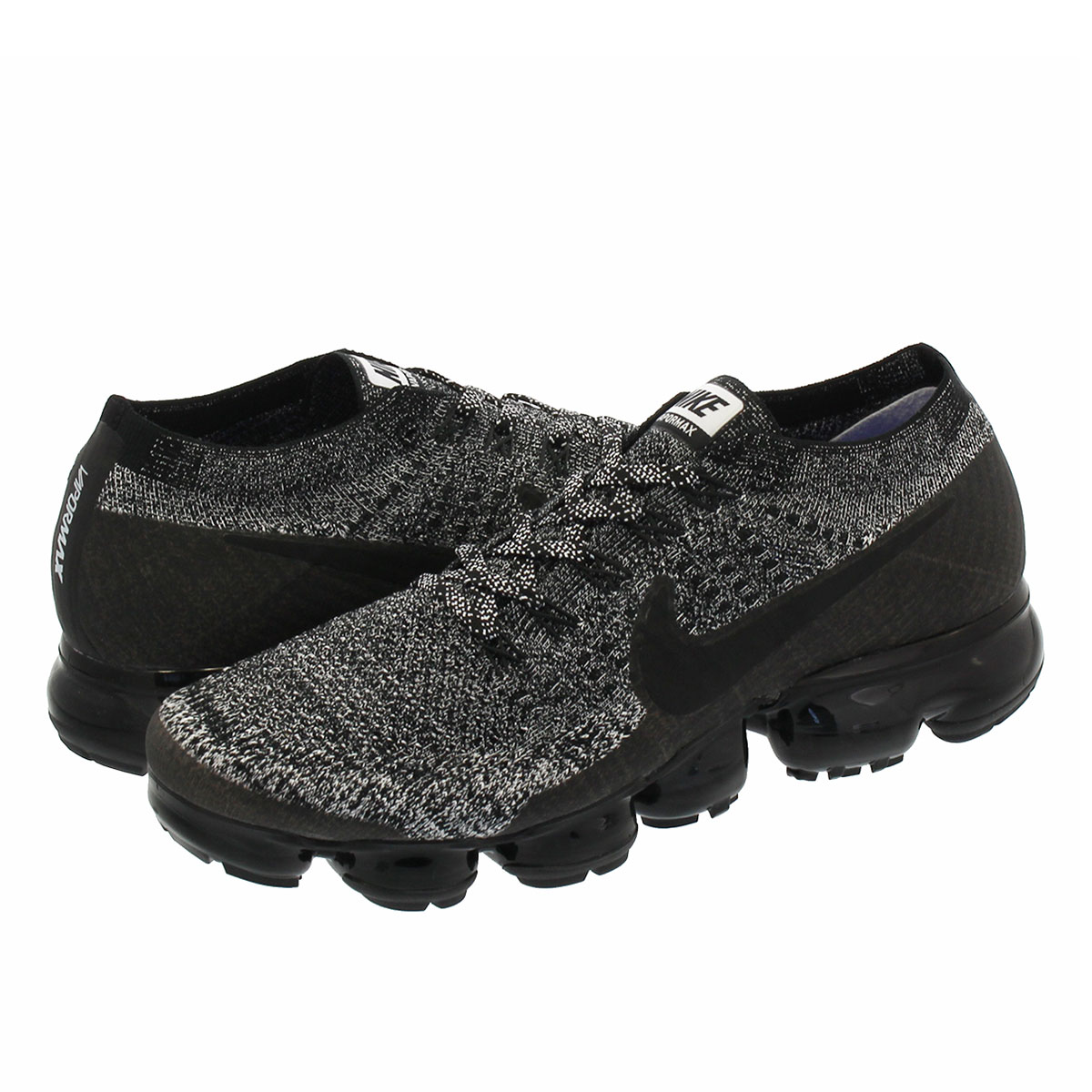 ee22bee0b3ab NIKE WMNS AIR VAPORMAX FLYKNIT Nike women vapor max fried food knit BLACK  WHITE RACER BLUE