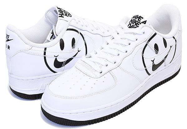 ナイキを中心に世界中より、 常時3000アイテムオーバーのアイテム取扱☆ お得な割引クーポン発行中!!【あす楽 対応!!】【ナイキ エアフォース 1】 NIKE AIR FORCE 1 LV8 ND Have A Nike Day white/white-black スニーカー ハブ ア ナイキ デイ ホワイト スマイル