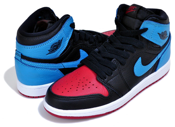 お得な割引クーポン発行中!!【ナイキ ジョーダン 1 ハイ OG プレスクール】NIKE JORDAN 1 HIGH OG (PS) black/dk powder blue cu0449-046 AJ1 子供靴 スニーカー UNC TO CHICAGO