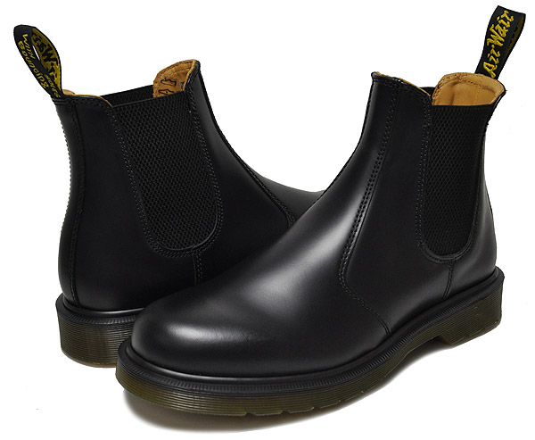 お得な割引クーポン発行中!!ドクターマーチン サイドゴア チェルシーブーツ ブラックDr.Martens 2976 CHELSEA BOOT BLACK SMOOTH 11853001