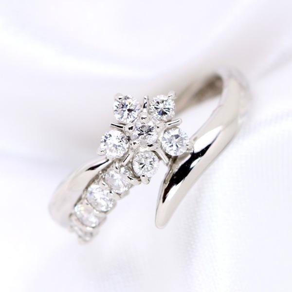 【10%OFFクーポン対象&P2倍】スイートテン ダイヤモンド 0.50カラット プラチナ PT900 リング/指輪 フラワーの可憐さは誰にでも似合います。 /白・透明(ホワイト)/【中古】/届5/1点もの