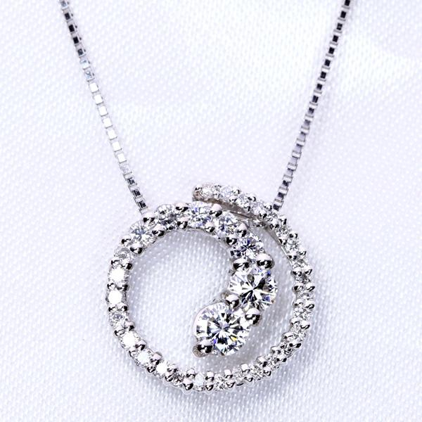ダイヤモンド 0.50カラット 鑑別書付 グラデーションサークル ネックレス K18 PG WG 18金(※PT対応可) 上品な胸元を描き出す・・ /白・透明(ホワイト)/受注生産品・新品/届30