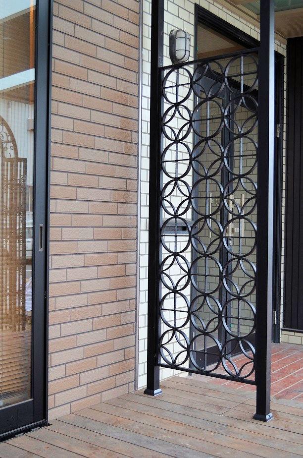 窓 面格子 おしゃれ 窓格子 アルミ 目隠し 後付け アルミサッシ 防犯 内窓 室内 枠付き 小窓 フェンス エクステリア 外構デザイン 庭 リフォーム 家 外構 安い 激安 庭のリフォーム 玄関 アプローチ ロートアルミパネル RPA02