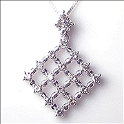 K18YG/PG/WG【0.5ct】ダイヤモンドペンダントネックレス0.5カラット[SIクラス/Hカラー]透明感溢れるダイヤモンド心のゆとりと美しさへ導く優雅な日々を与えてくれる【送料無料】【楽ギフ_メッセ】【18金】