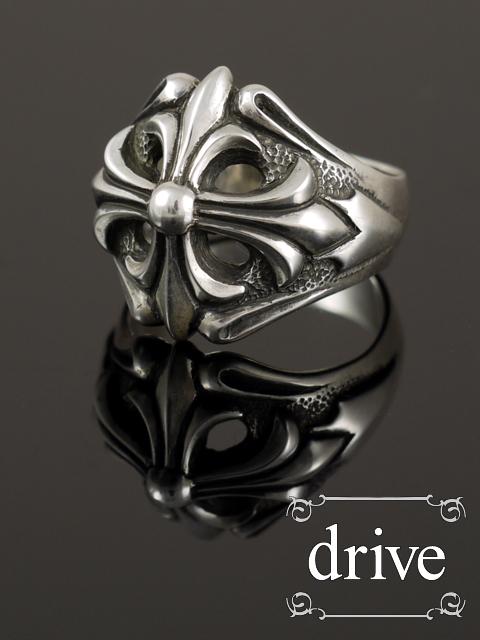 即納drive[ゼロス] (シルバーアクセサリー/シルバーアクセ/シルバー/シルバー925/Silver925/銀/ゴシック/攻撃/攻撃的ゴシック/ドライブ/ドライヴ/リング/指輪/メンズ/レディース/ユニセックス/クロス/十字架/)