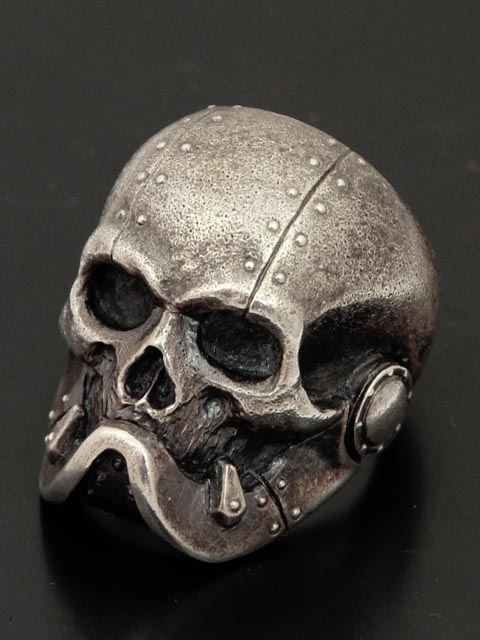 Skull With Jaw Dropped: Lunatic Nights: Drop Kick Jewelry Armored Jaw (Silver