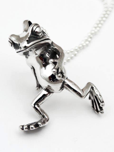 即納TaBoo925[蛙人ペンダント5・歩行] (シルバーアクセサリー/シルバーアクセ/シルバー/シルバー925/Silver925/銀/タブー/蛙/カエル/かえる/ネックレス/ペンダント/メンズ/レディース/ユニセックス/)