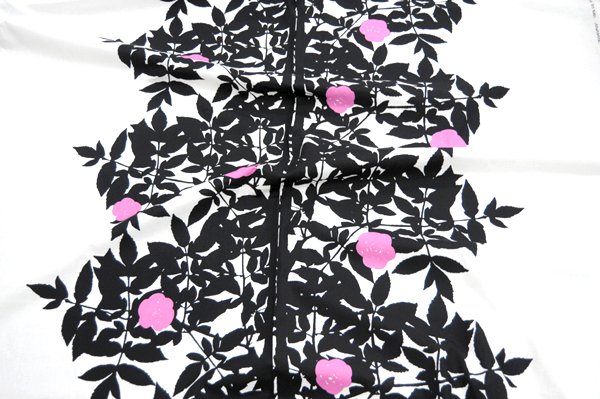 Fabric marimekko Marimekko RUUSUPUU ルースプー 10 cm fabric, cloth